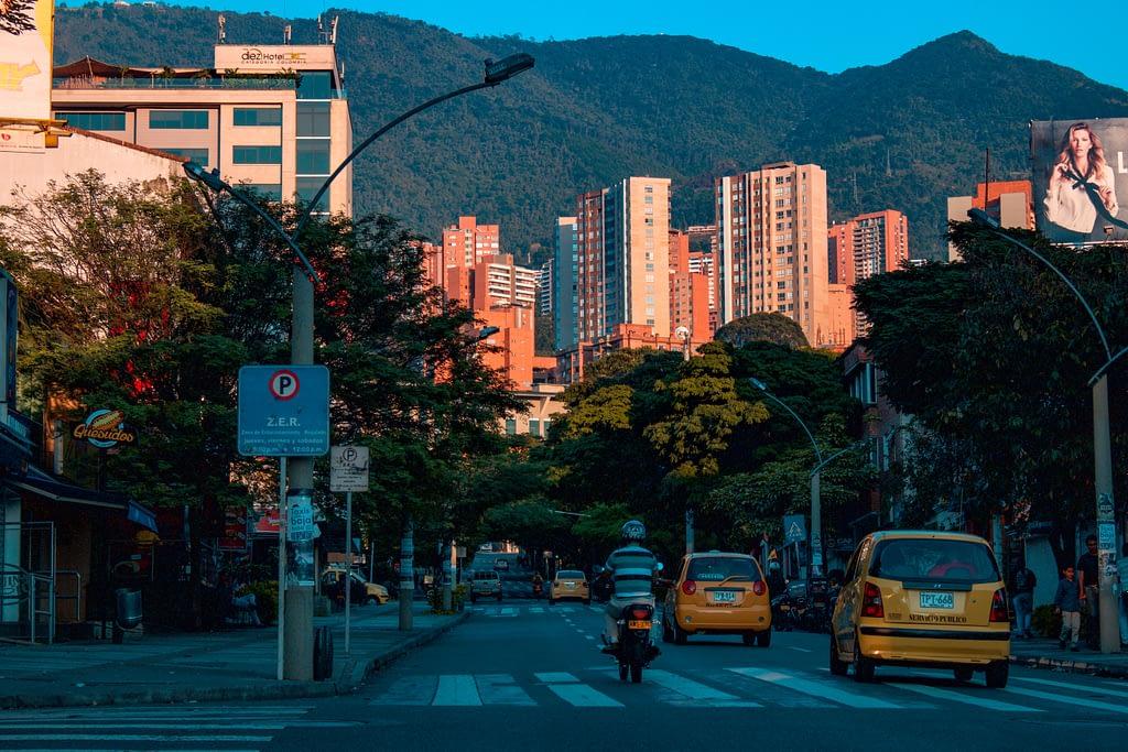 Medellin Poblado Calle Nueva York